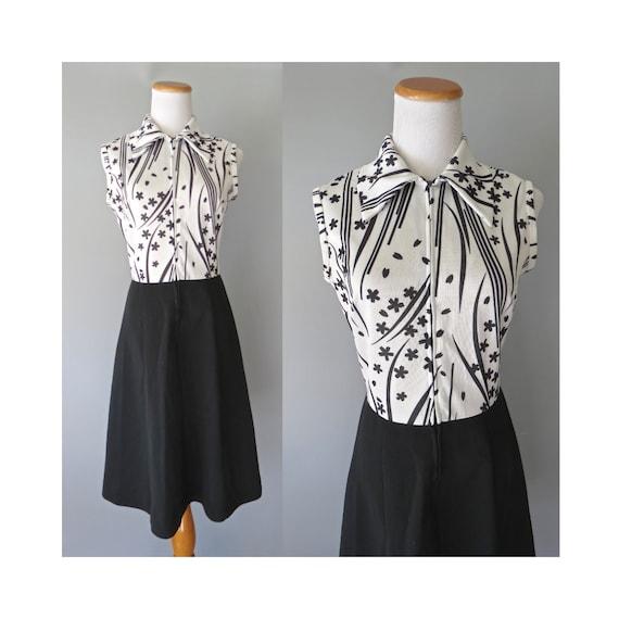 70's Mod Dress / Black & White Dress / Scooter Dress / 1970's Midi Dress / Size Medium / Sleeveless Dress / Pointy Collar Dress