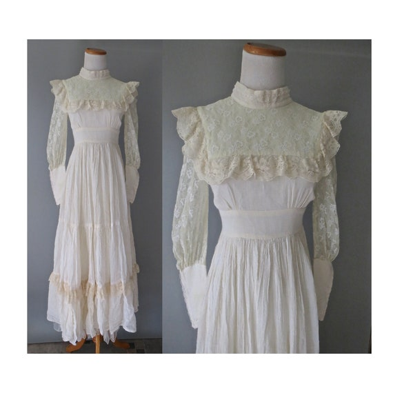 Lace Wedding Dress / 70's Boho Wedding Gown / Hippie Wedding Dress / Petite XXS / 1970's Wedding Dress / Victorian Edwardian Dress / Cream