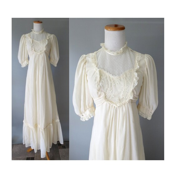 70's Wedding Dress / Cream Lace Maxi Dress / Size Medium / 1970's Boho Dress / Hippie Wedding Dress / Edwardian Victorian Dress