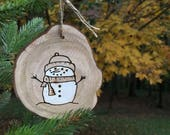 Wood Burned Christmas Ornament, wood slice snowman - Put an ornament made from a tree on your tree