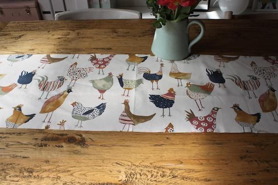 1x Ready to Ship, Table Runner Easter, Easter Tablecloth, Easter Decoration, Spring, Easter Decoration, Spring Decoration, Chicken,Hen