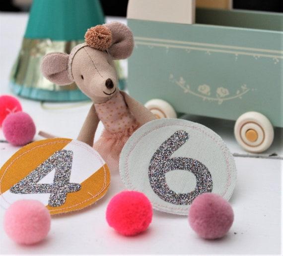 Alternating klettie birthday crown, birthday crown sewn, birthday crown muslin, muslin crown, number birthday crown change