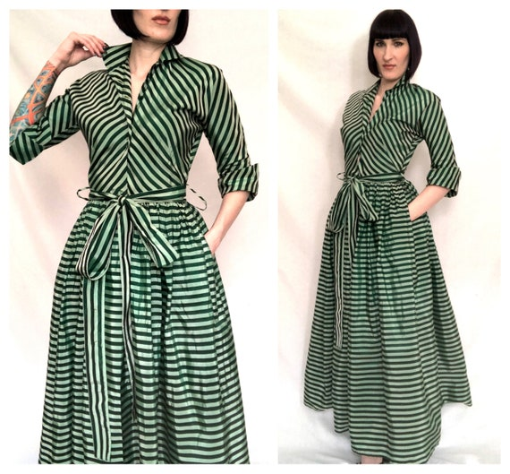 Striking Vintage 1950's Mint and Forest Green Shar