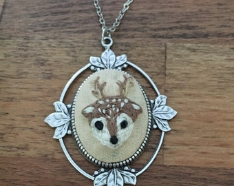 Deer Pendant - hand embroidered, stag, forest animal, woodland, bambi