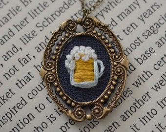Sudsy Mug : Beer - hand embroidered necklace, craft beer lover
