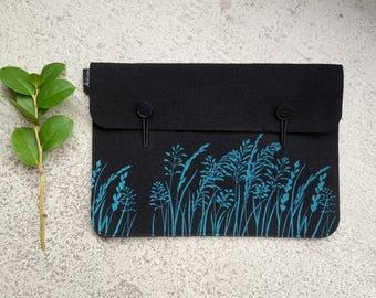 "Macbook 13"" Vegan Sleeve, 13 in Laptop Felt Cover, Ocean on Black Print, Wild Grass Pattern, Nature Lover Gift, Ecofriendly Laptop Bag"