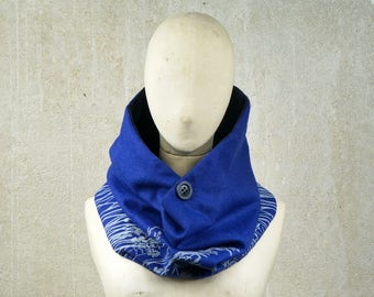 Button Loop Scarf, Neck Warmer, Nature screenprint Scarf, Wool Cowl Royal Blue, Ecofriendly, Button multi-positions, gender neutral scarf