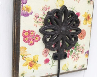 Shabby Chic Wall Hook / Floral Home Decor / Cast Iron Hook / Rustic Wood Plaque / Key Hook / Leash Hook