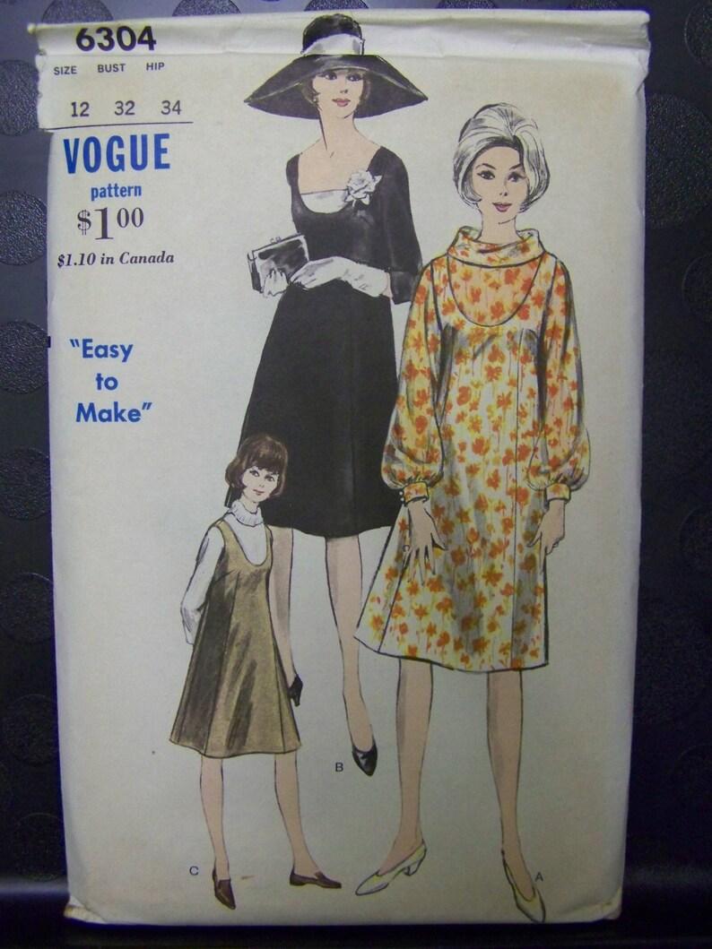 ab3c4e539ef22 Vintage 1960s Vogue 6304 MATERNITY Jumper or DRESS & Blouse | Etsy