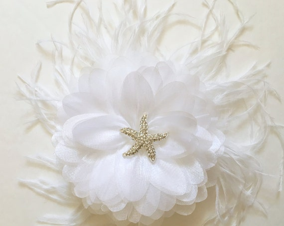 Starfish Hair Clip, Beach Wedding Headpiece, Beach Bridal  Fascinator. White Hair Flower Clip, Feather Fascinator, Destination Beach Wedding