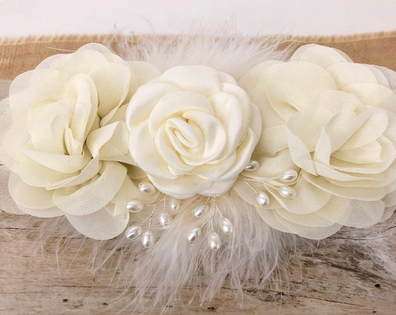 Pearl Flower Hair clip, Bridal Flower Girl Hair Clip, Pearl Flower Hair Vine, Bridal Hair Comb, Custom Bridal clip, Wedding Hair