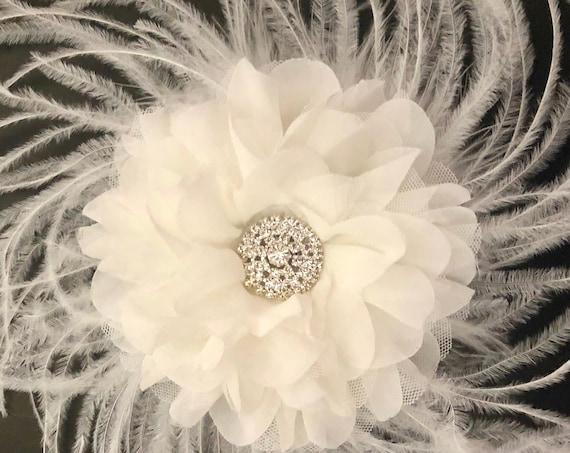 Wedding Fascinator, Bridal White Floral Hair Clip, Bridal Flower Clip Flower Girl Clip ,White Feather Fascinator, Custom Wedding Hair piece