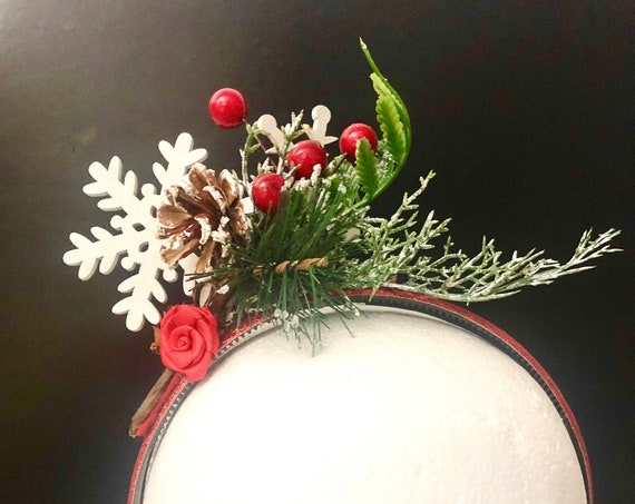 Christmas Crown, Flower Girl Crown, Christmas Headbands for Girls,Snowflake Crown Headband, Mistletoe Hairpiece,Christmas Flower Red Crown