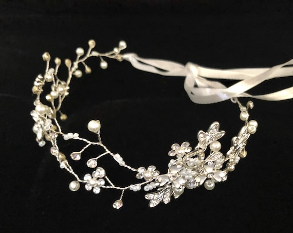 Communion Crown Wreath, Flower Girl Crown, Silver Crystal Flower Crown Wreath, First Communion Tiara Crown, Baby Girl Crown Headband