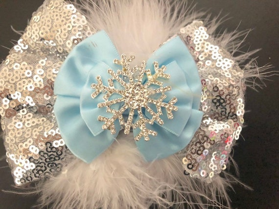 Snowflake Hair Bow,Silver Blue White Snowflake Bow, Baby Blue White Hair Bow, Christmas Hair Bow, Christmas Gift for Baby Girl,