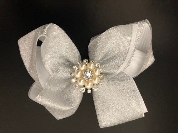 Silver Hair Bow, Holiday Hair Bow, Gold Pearl Hair Bow, Silver Pearl Hair Bow, Free shipping, Baby Holiday Bow, Christmas Hair Bow,
