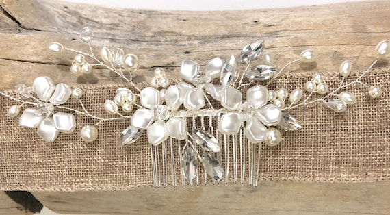 Floral Pearl Hair Comb, Pearl Flower Bridal Hair Comb, Flower Hair Comb, Wedding Hair Accessories, Freshwater Pearl Hair Comb