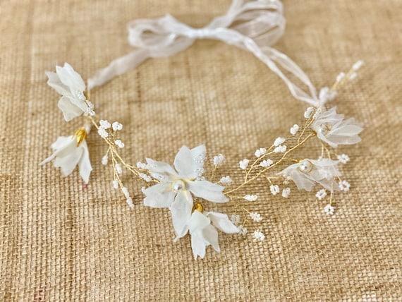 White Flower Crown, Gold Flower Crown Wreath, Flower Girl Crown,  White Floral Wreath, Bridal Crown Wreath,Beach Wedding Wreath, Gold Crown