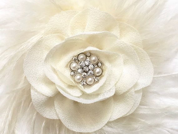Ivory Clip, Baby Flower Clip, Cream clip for girls,  Bridal Hair Clip, Small Bridal Flower Clip, Cream clip, Baby Clip, Baptism Headband,