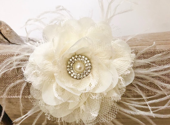 Ivory Cream Bridal Flower Fascinator Clip,  Beach Wedding Bridal Hair Clip, Ivory Lace Flower Clip, Floral  Pearl Crown, White, Flower Clip