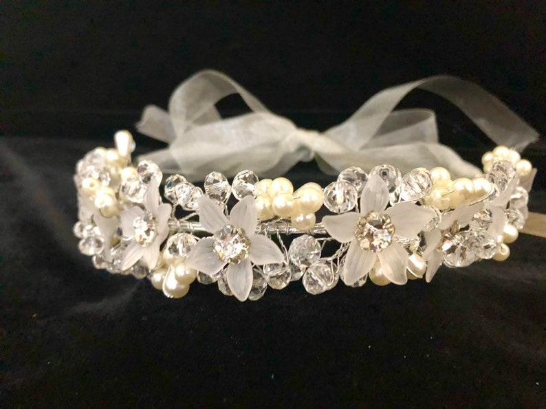 Communion Crown Flower Girl Crown Boho Wedding Crown Pearl Crown Communion Crown Wreath Crystal Crown,Bridal Crown Flower Crown
