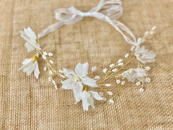 Flower Girl Crown Wreath, Pearl Crown, Flower Girl Gold Wreath, White Floral Wreath, Bridal Crown Wreath,Beach Wedding Wreath, Gold Crown