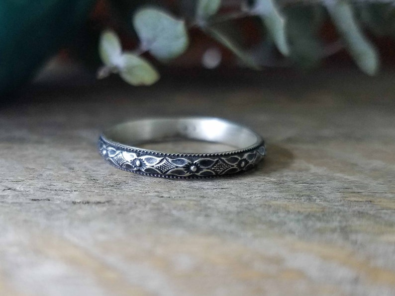 Solid Sterling Flower Ring with Swirls Short Oxidized Flower Ring