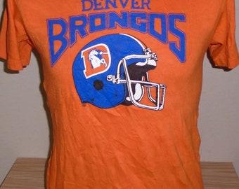 vintage 1980s Denver Broncos t shirt 50 50 Medium 1c5ed4dbd