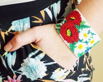 Girlfriend Gift idea beaded bracelet flower jewelry boho bracelet daisy jewelry wide bracelet Ukrainian jewelry nature jewelry for girl gift
