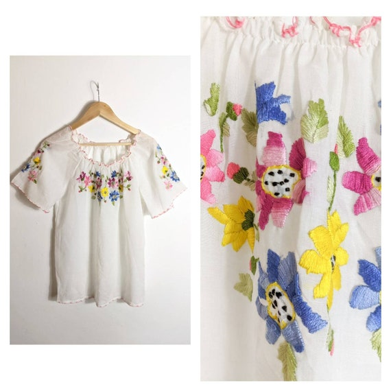 Vintage Hand Embroidered White Smock Top / 60s Fol