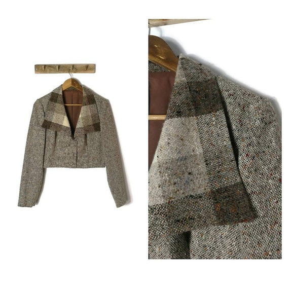 70s Tweed Cropped Jacket with Dagger Collar / UK 1