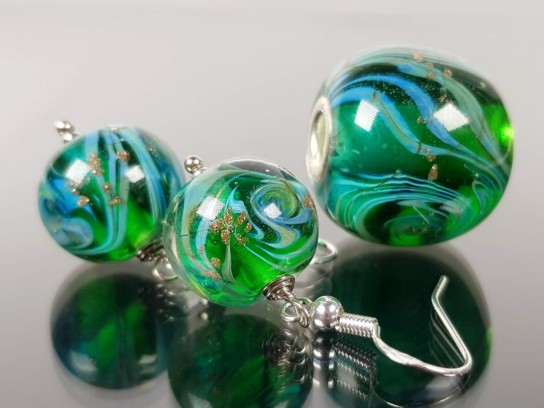 Set Wave earrings and pendant author/'s lampwork