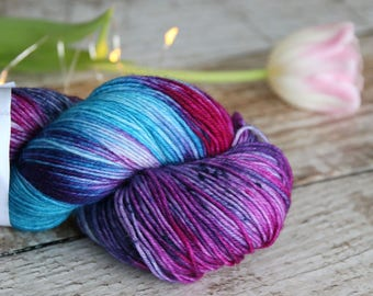 Hand dyed speckled sock yarn Merino nylon blend superwash, Prancing Pony