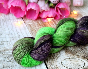 Hand dyed glittering sock yarn Merino nylon blend superwash, Hexenkessel