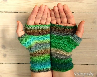 "Fingerless Mittens ""Ocean Queen""  in spring colours - handknitted from Baby Merino wool in green, blue and brown, perfect gift for her"