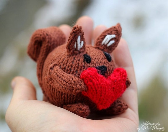 Squirrel knitting pattern pdf for beginners and advanced knitters squirrel knitting pattern pdf for beginners and advanced knitters spring gift and decoration easter gift for kids and adults from mumpitzdesign on etsy negle Images