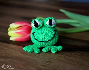Knitted frog etsy frog knitting pattern for beginners and advanced knitters spring gift and decoration easter negle Image collections
