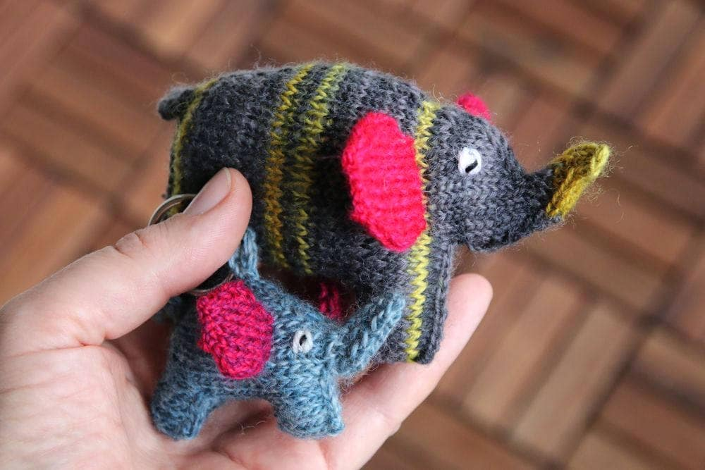Elephant toy knitting pattern in two sizes, easy toy knitting pattern PDF  download, cute DIY toy pattern