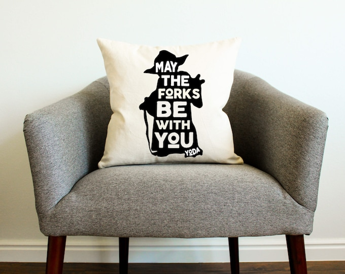 "Thanksgiving Star Wars Yoda ""May the Forks Be With You"" Pillow"
