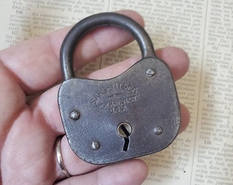 Vintage Sargent & Co padlock , antique metal lock , industrial decor, LOCKED NO KEY N13