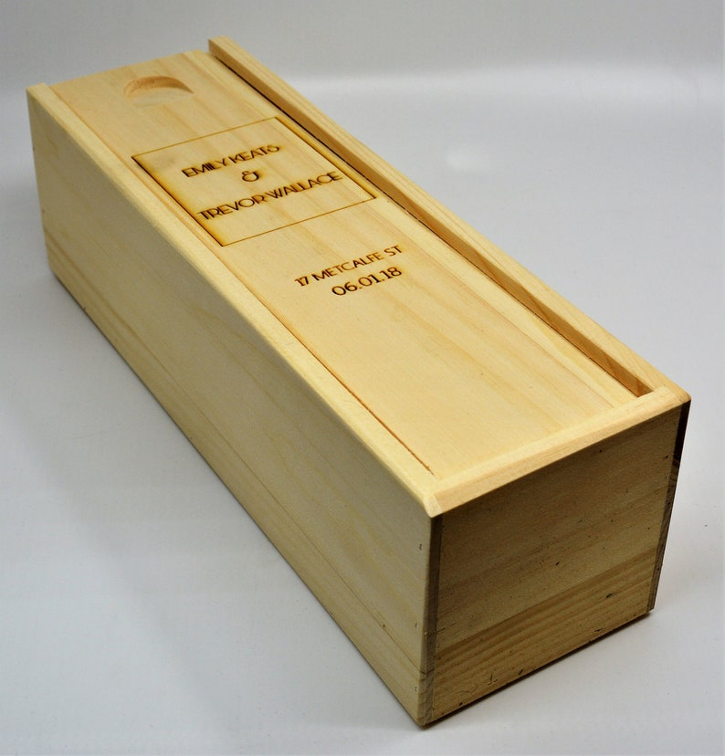 Engraved wedding gifts Design 21 Wedding party gifts Groomsmen gifts Birthday Gift Wedding Engraved Wine Box
