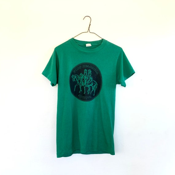 80s green graphic tee - cowboy and indian western