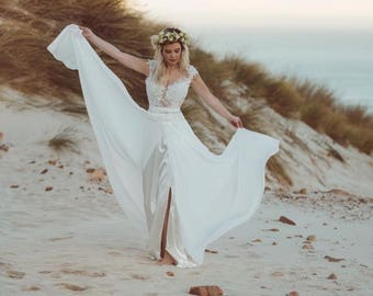 Beach Inspired Wedding Dresses Backless