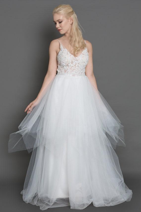 SARAH Lace wedding dress/ball gown/modern bridal | Etsy