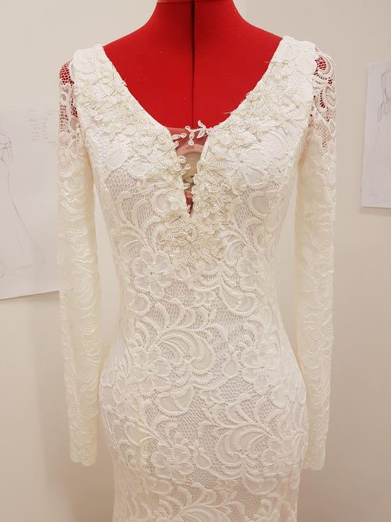 Lange Ärmel Spitze Hochzeit Kleid/einfache Strand Hochzeit