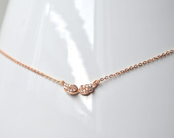 Angel wing necklace pink gold