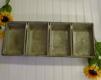 Chicago Metallic 4-compartment commercial bread loaf pan