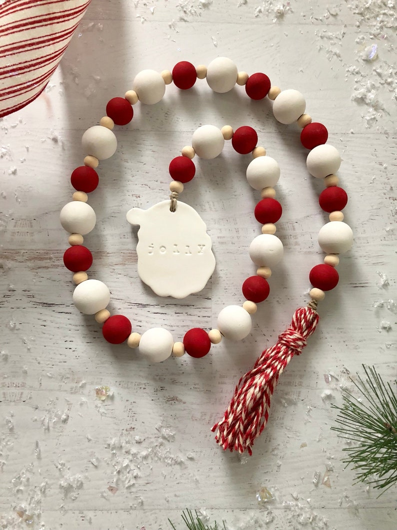 Christmas Wooden Bead Wreath With Tassels Farmhouse Wall Hanging Ornaments Wood Bead Garland Wreath For Christmas