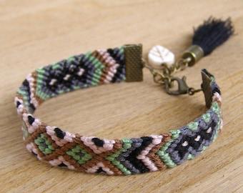 Ethnic black tassel bracelet, Aztec wayuu jewelry, Southwestern green and brown fiber ikat, Native american indian, Eclectic tribal pattern