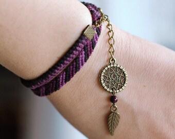 River pearl dreamcatcher bracelet, Native american indian wrap, Purple dream catcher, Violet fiber jewelry, Ethnic bracelet, Tribal charm